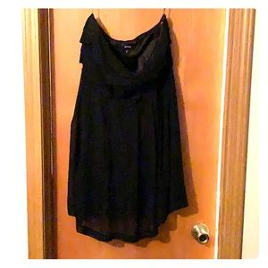 Strapless black express dress